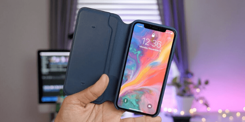 Magnetic iphone 11 case