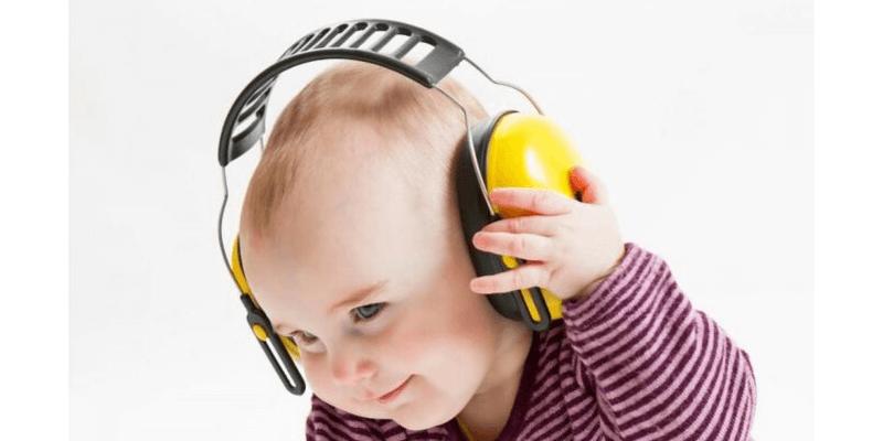 headphone toddler
